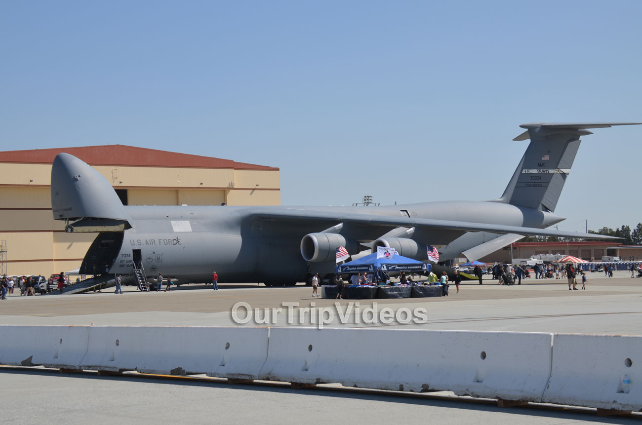 The Travis Air Force Base Air Show, Travis AFB, CA, USA - Picture 6 of 25