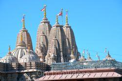 BAPS Shri Swaminarayan Mandir(Los Angeles), Chino Hills, CA, USA - Picture 10