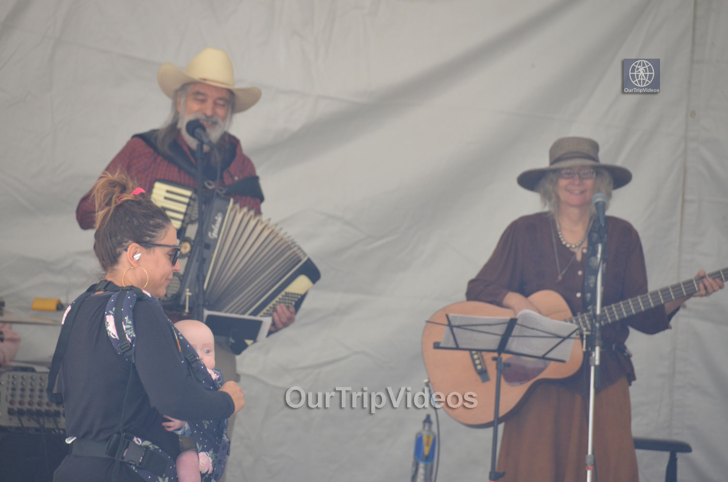 Old Timey Hootenanny, Sunol, CA, USA - Picture 40 of 50