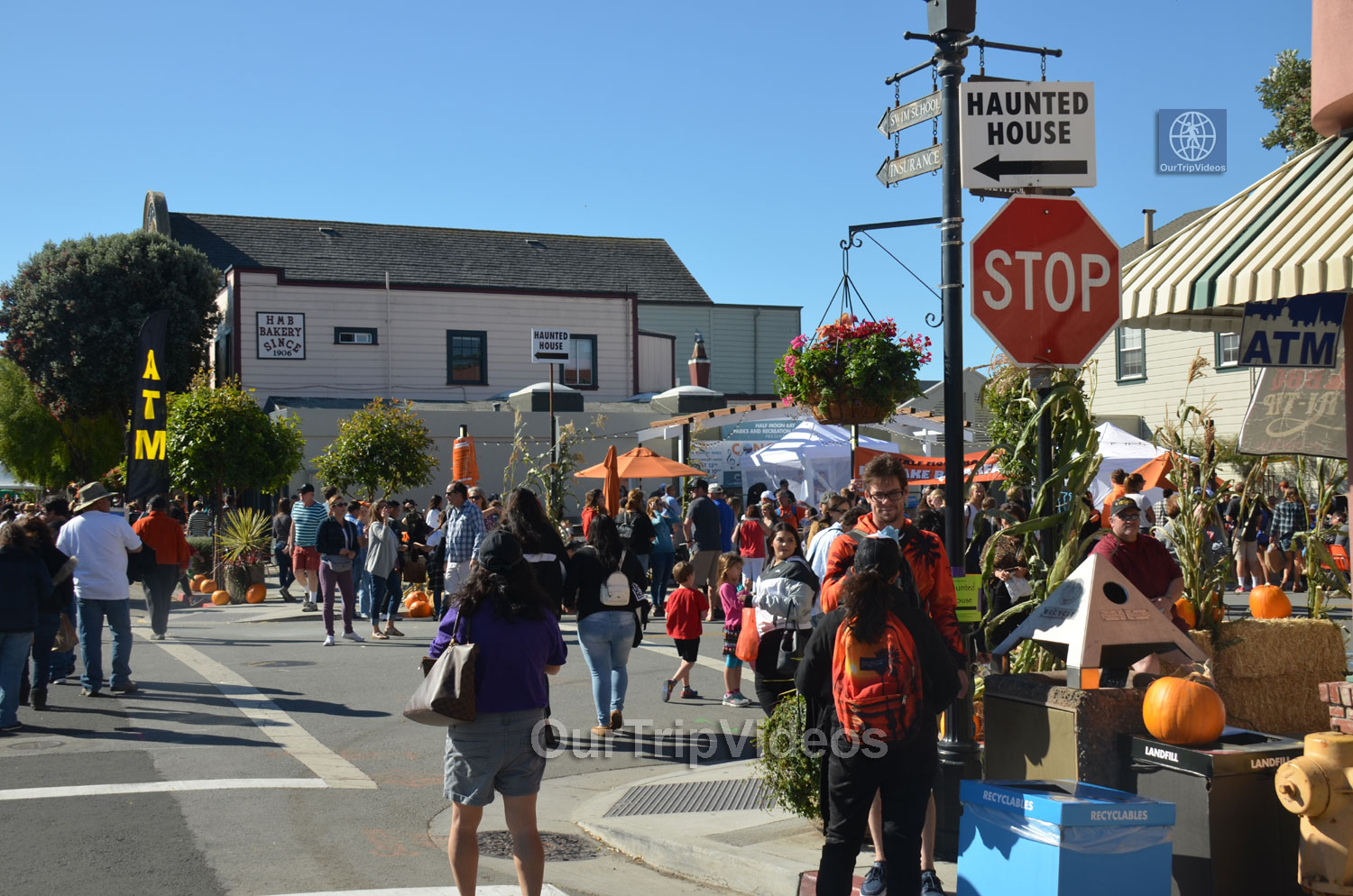 Art and Pumpkin Festival(Parade), Half Moon Bay, CA, USA - Picture 11 of 25
