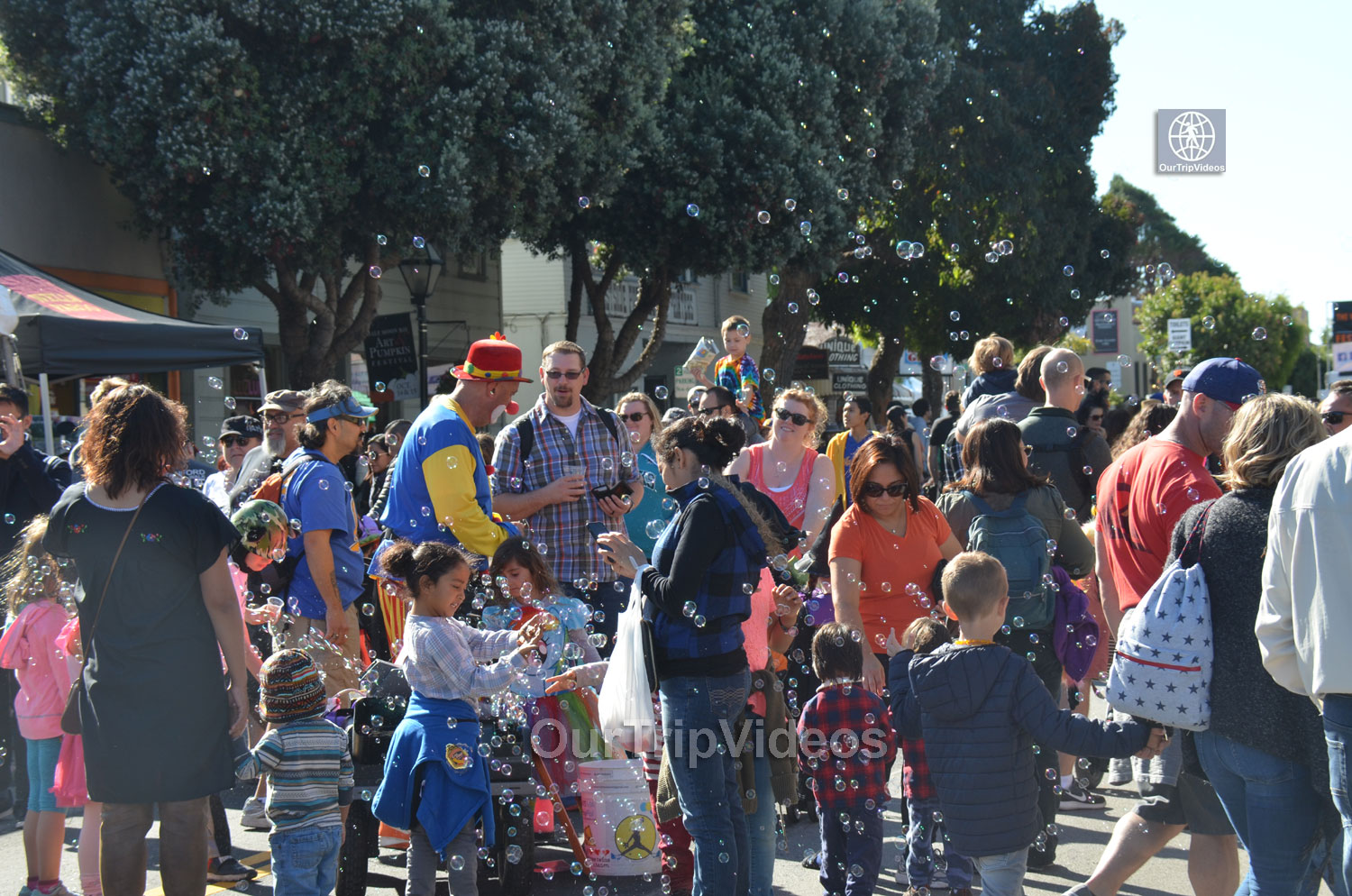 Art and Pumpkin Festival(Parade), Half Moon Bay, CA, USA - Picture 14 of 25