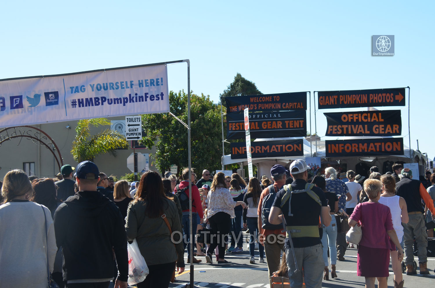 Art and Pumpkin Festival(Parade), Half Moon Bay, CA, USA - Picture 16 of 25