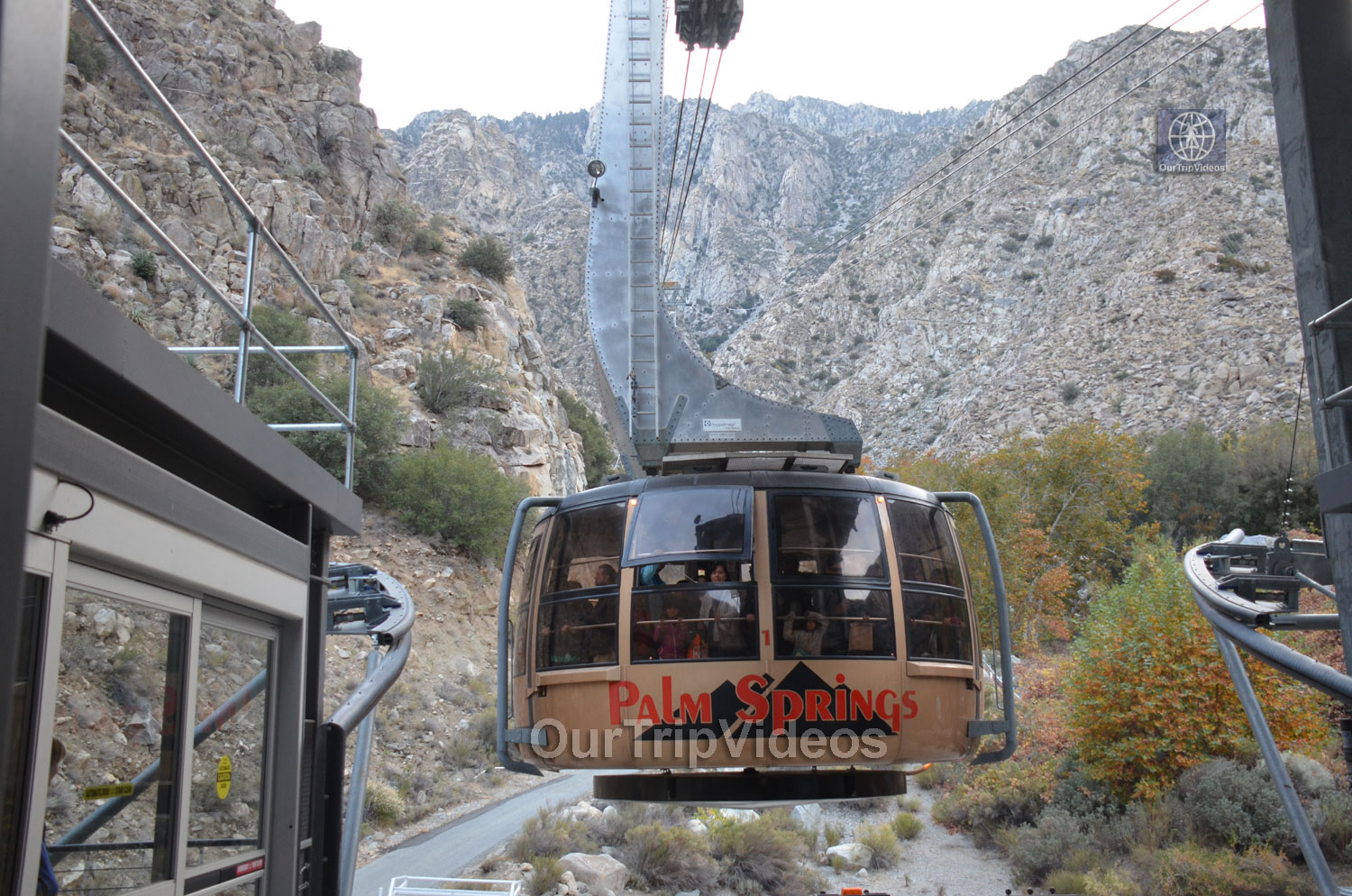 Aerial Tramway, Palm Springs, CA, USA - Picture 15 of 25