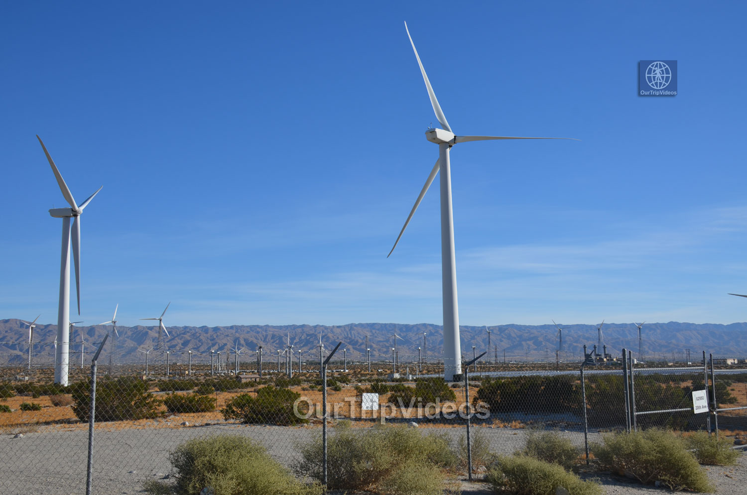 Windmill Tour, Palm Springs, CA, USA - Picture 6 of 25