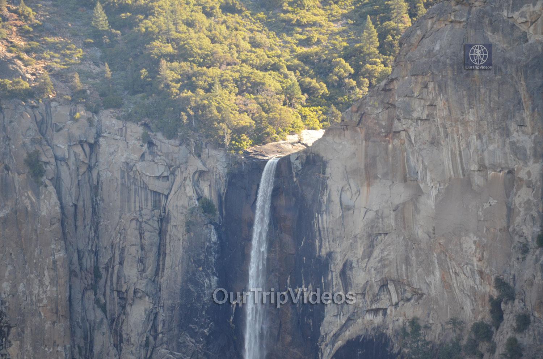 Yosemite National Park, Yosemite Valley, CA, USA - Picture 11 of 25