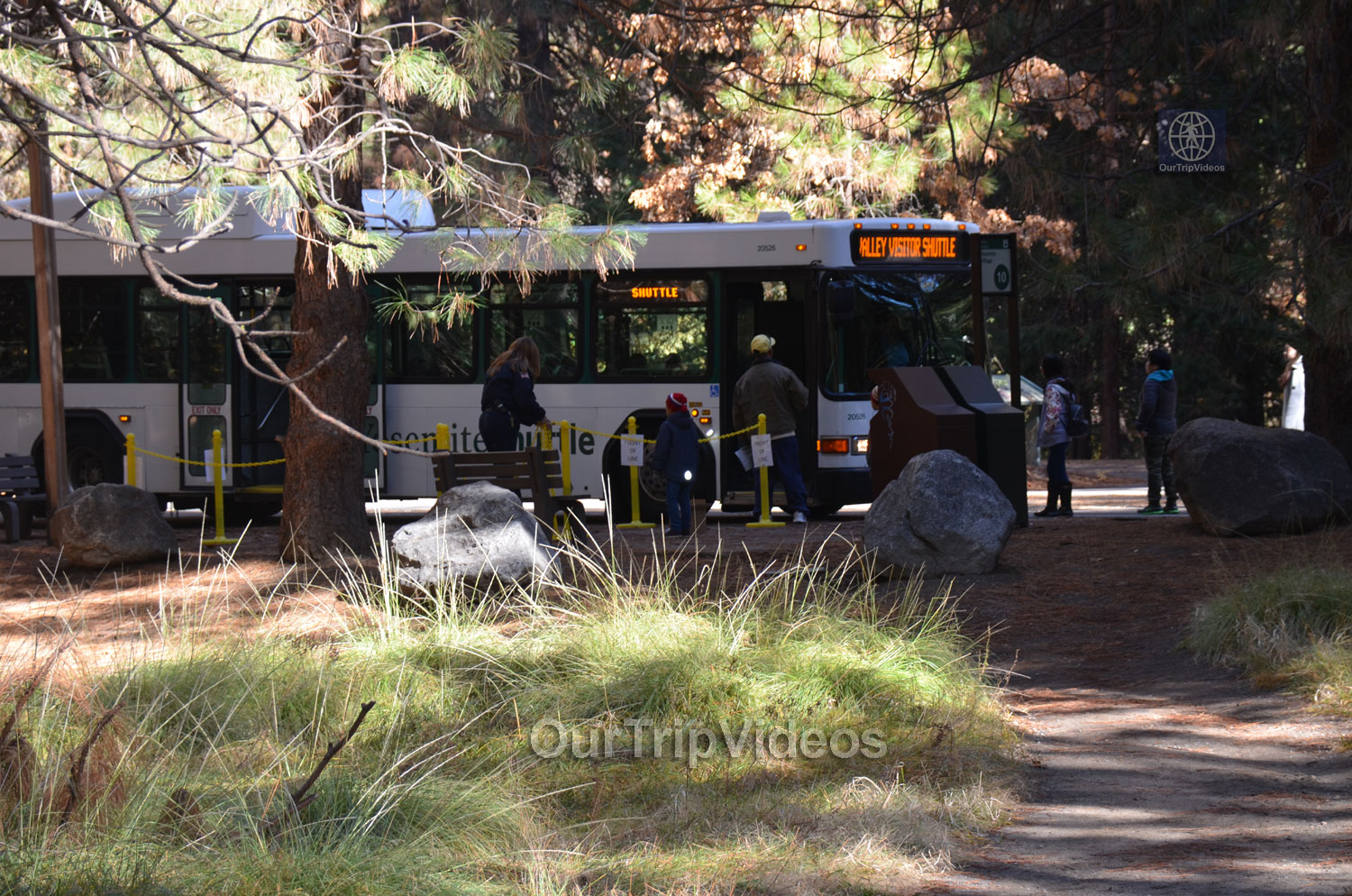 Yosemite National Park - Valley Visitor Center, Yosemite Valley, CA, USA - Picture 1 of 25