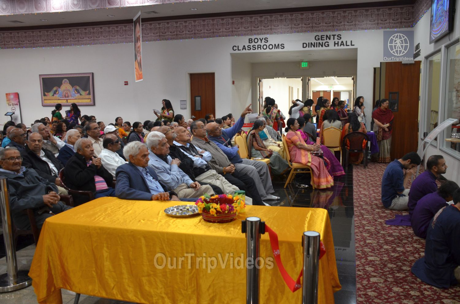 Diwali Celebrations at BAPS Swaminarayan Temple, Milpitas, CA, USA - Picture 10 of 25