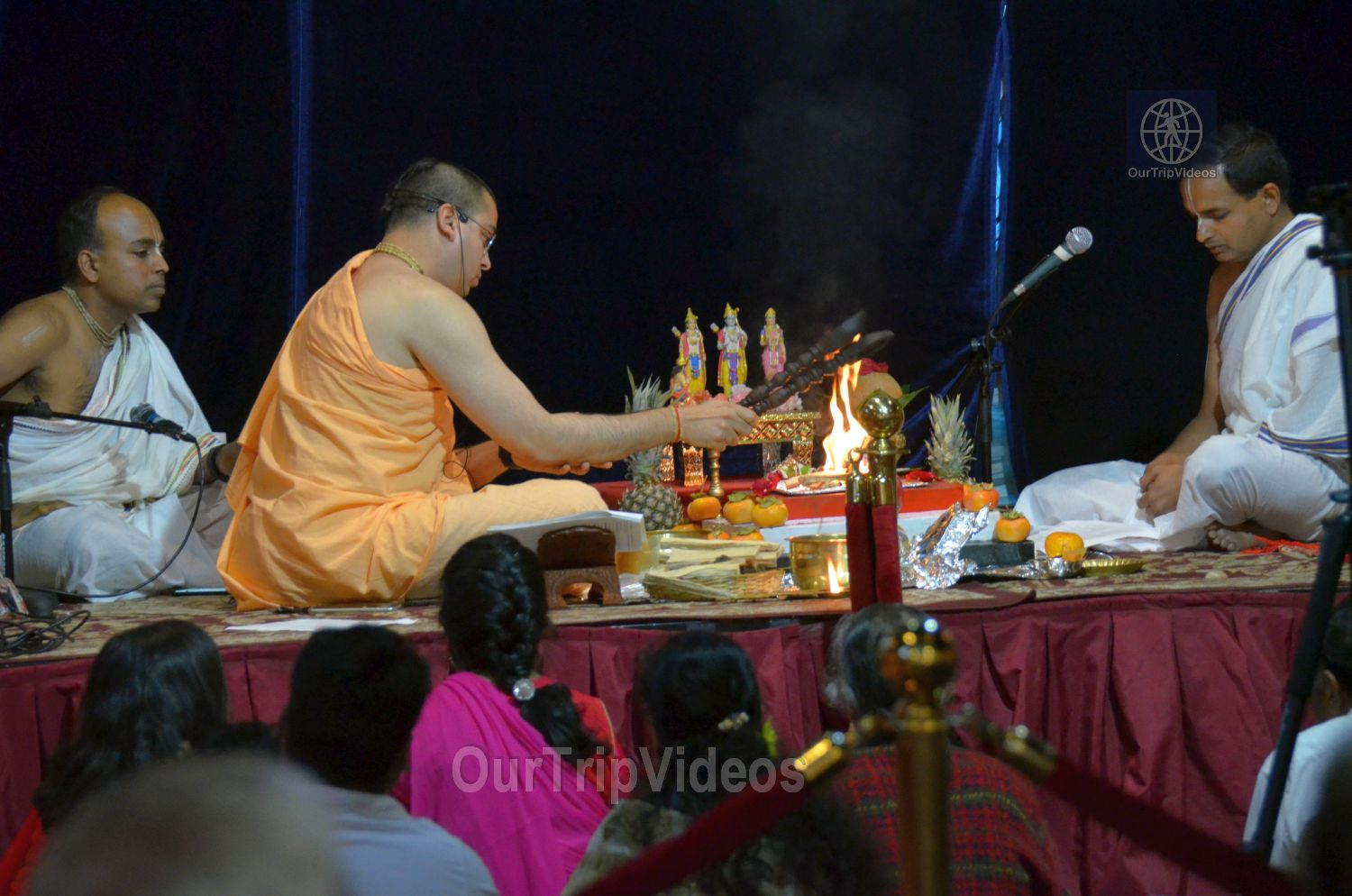 Diwali and Govardhan Puja Celebrations at KBMandir, Sunnyvale, CA, USA - Picture 3 of 25