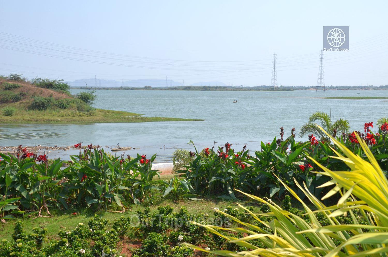 Pavitra Sangam of Krishna and Godavari rivers, Vijayawada, AP, India - Picture 3 of 25
