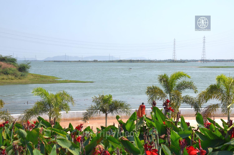 Pavitra Sangam of Krishna and Godavari rivers, Vijayawada, AP, India - Picture 5 of 25