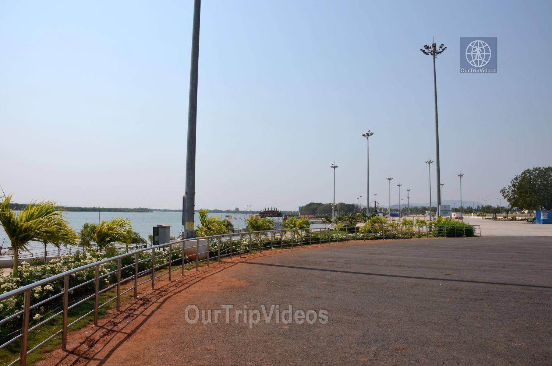 Pavitra Sangam of Krishna and Godavari rivers, Vijayawada, AP, India - Picture 9 of 25