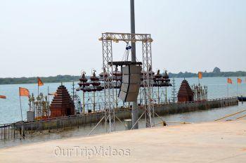 Pavitra Sangam of Krishna and Godavari rivers, Vijayawada, AP, India - Picture 23