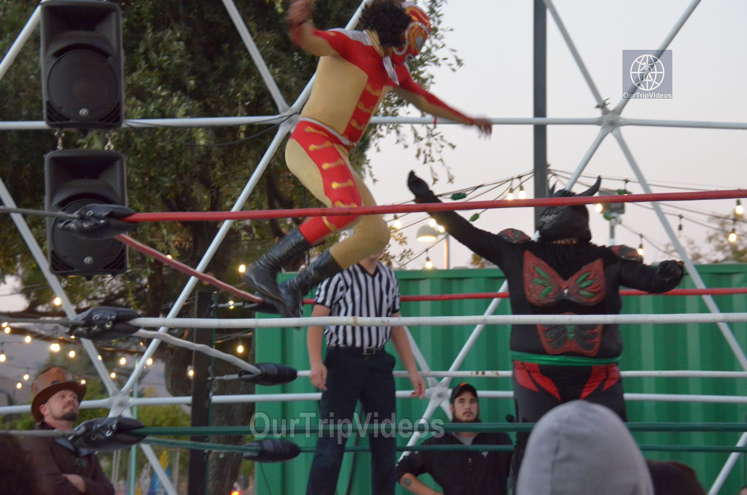 Throwdown at the Thunderdome (Luchador Wrestling), Fremont, CA, USA - Picture 5 of 25