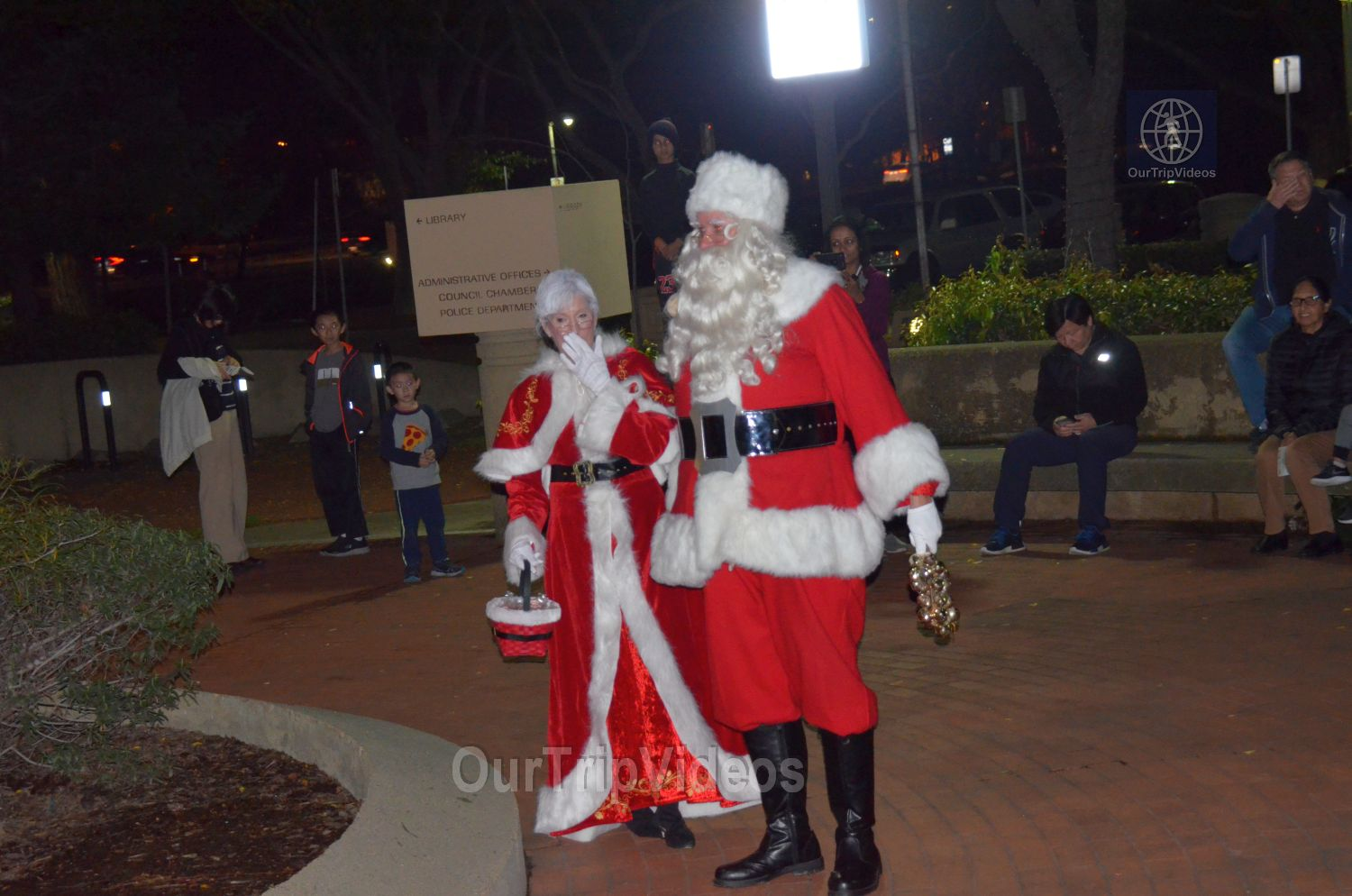 Trees of Angels Celebrations by WHHS, Union City, CA, USA - Picture 7 of 25