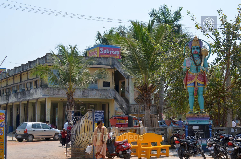Sri Venkateswara Swamy Temple (Vaikunta Puram), Tenali, AP, India - Picture 2 of 25