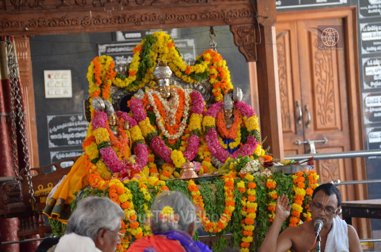 Sri Venkateswara Swamy Temple (Vaikunta Puram), Tenali, AP, India - Picture 9 of 25