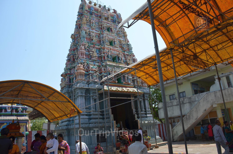 Sri Venkateswara Swamy Temple (Vaikunta Puram), Tenali, AP, India - Picture 16 of 25