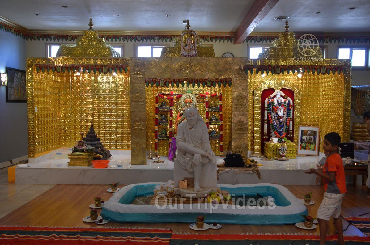 Sri Ashta Lakshmi Temple, San Mateo, CA, USA - Picture 2 of 25