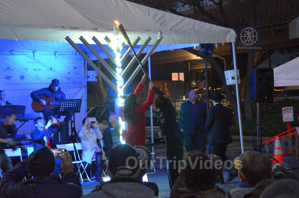 Annual Chanukah Lighting - Menorah of Warmth, Fremont, CA, USA - Picture 42 of 50