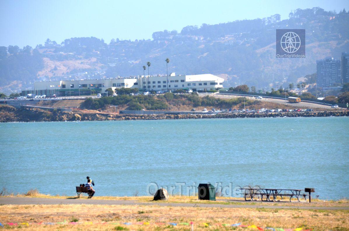 Cesar Chavez Park, Berkeley, CA, USA - Picture 5 of 25