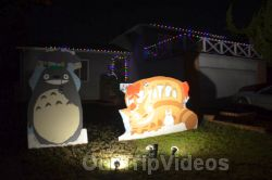 Crippsmas Place - Plywood decorations and Christmas Lights, Fremont, CA, USA - Picture 2