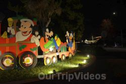 Crippsmas Place - Plywood decorations and Christmas Lights, Fremont, CA, USA - Picture 18