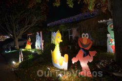 Crippsmas Place - Plywood decorations and Christmas Lights, Fremont, CA, USA - Picture 22