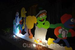Crippsmas Place - Plywood decorations and Christmas Lights, Fremont, CA, USA - Picture 77