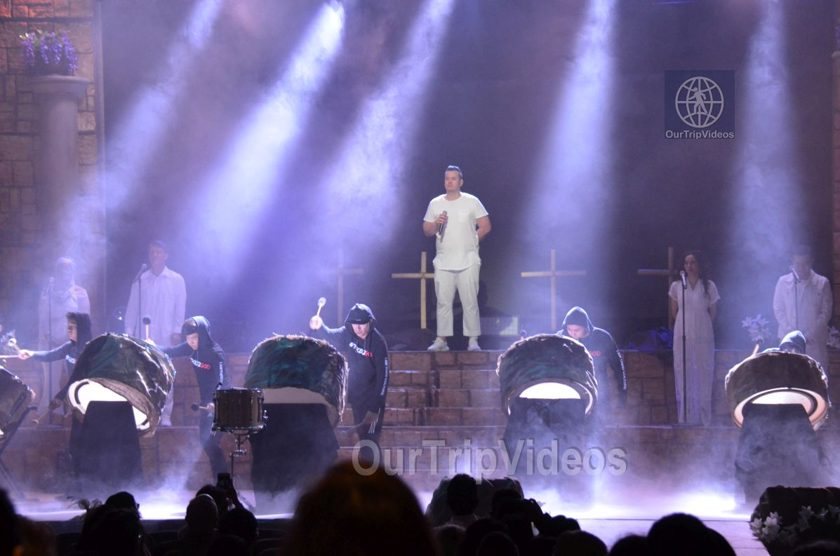 Easter at Cathedral of Faith, San Jose, CA, USA - Picture 1