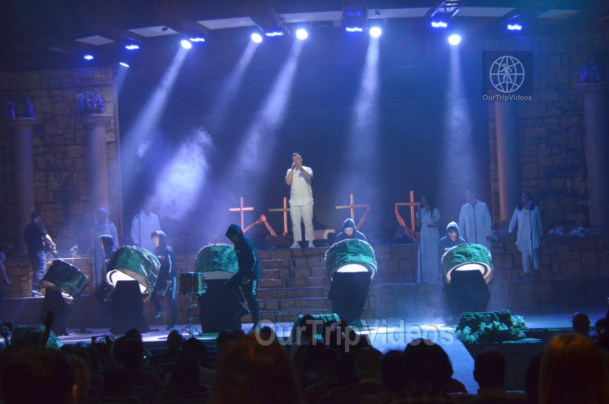 Easter at Cathedral of Faith, San Jose, CA, USA - Picture 3 of 25