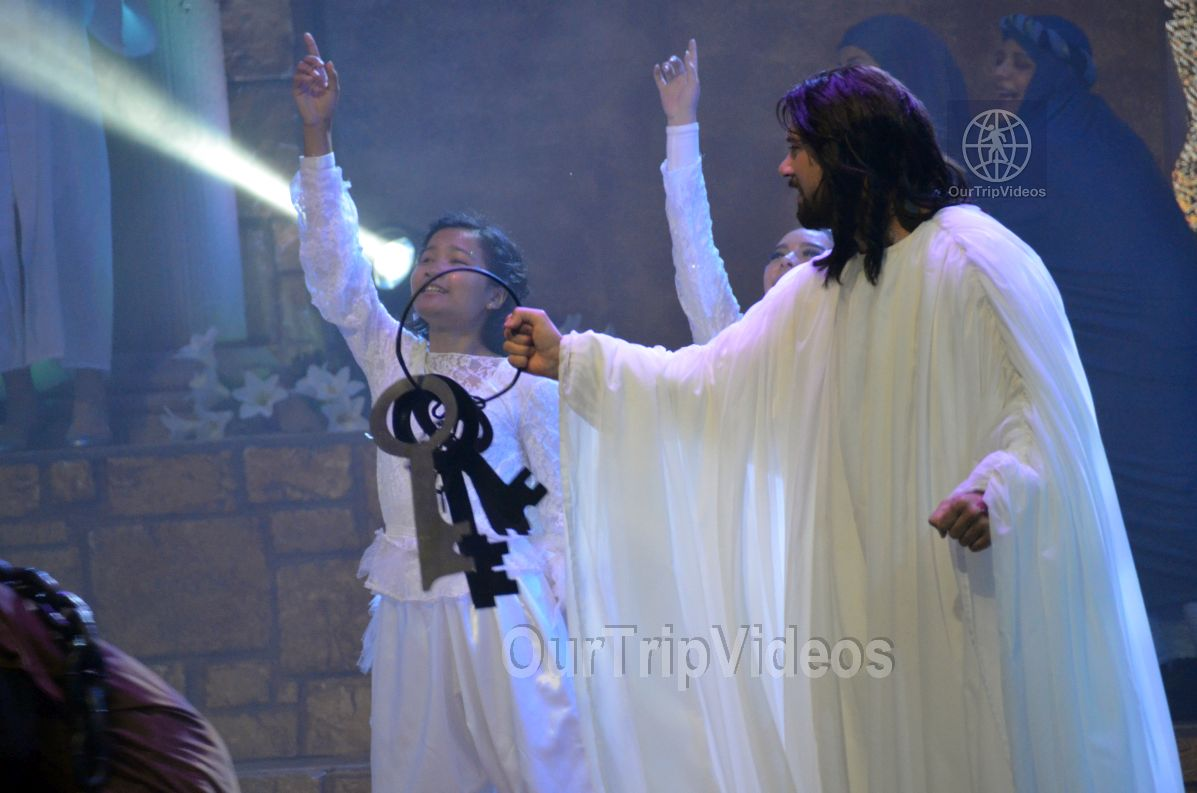 Easter at Cathedral of Faith, San Jose, CA, USA - Picture 21 of 25