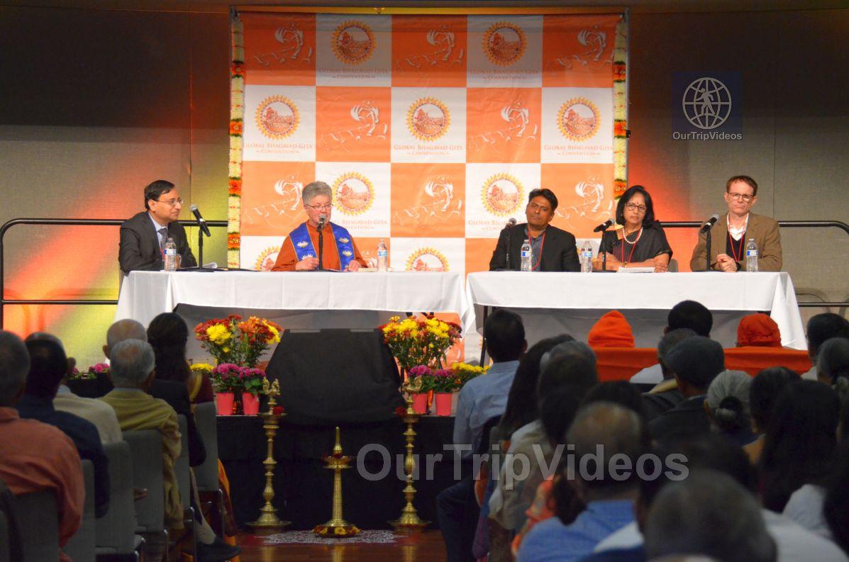 Global Bhagavad Gita Convention at SJS University, San Jose, CA, USA - Picture 40 of 50