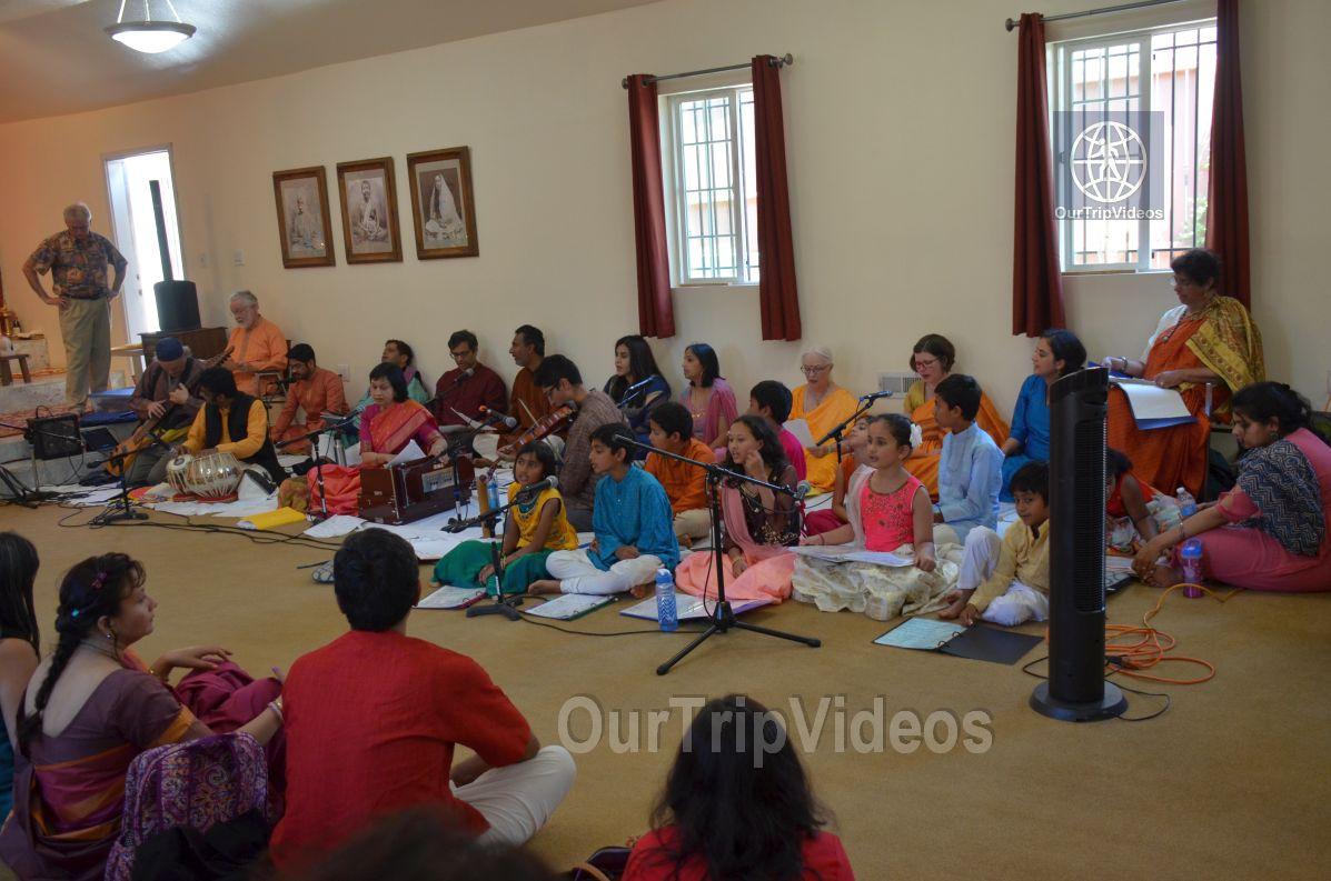 Meerabai Music Festival at Badarikashrama, San Leandro, CA, USA - Picture 13 of 25