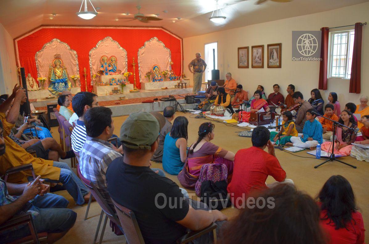Meerabai Music Festival at Badarikashrama, San Leandro, CA, USA - Picture 14 of 25