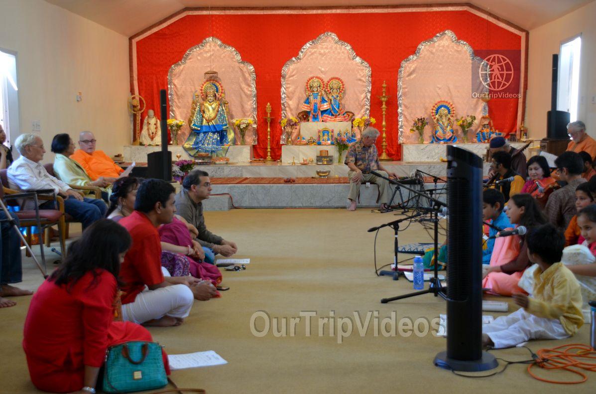 Meerabai Music Festival at Badarikashrama, San Leandro, CA, USA - Picture 24 of 25