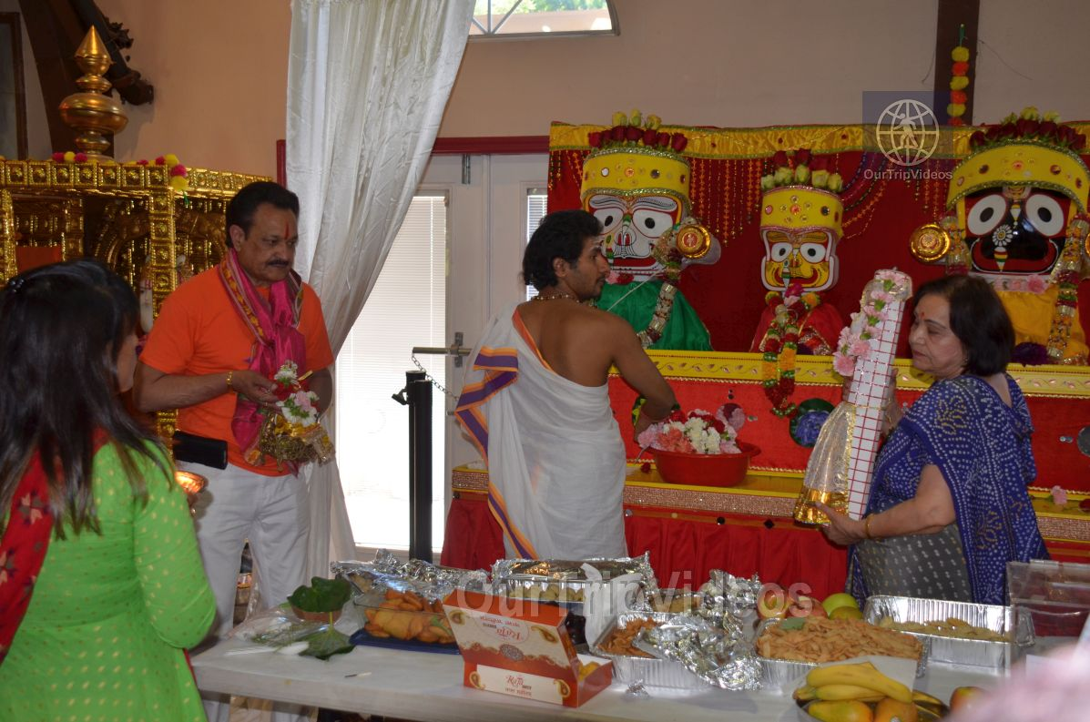 Sri Jagannath Bahuda Yatra - Suna Vesha, Fremont, CA, USA - Picture 10 of 25