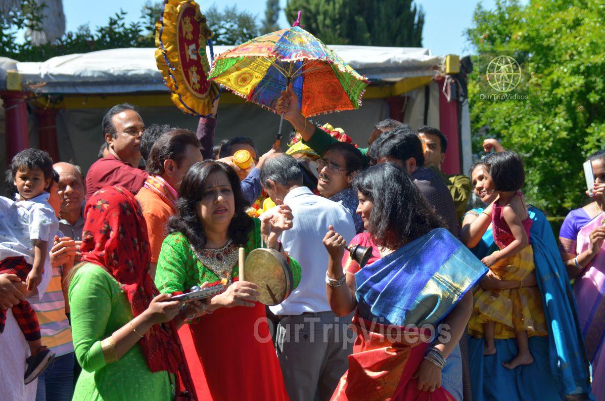 Sri Jagannath Bahuda Yatra - Suna Vesha, Fremont, CA, USA - Picture 17 of 25