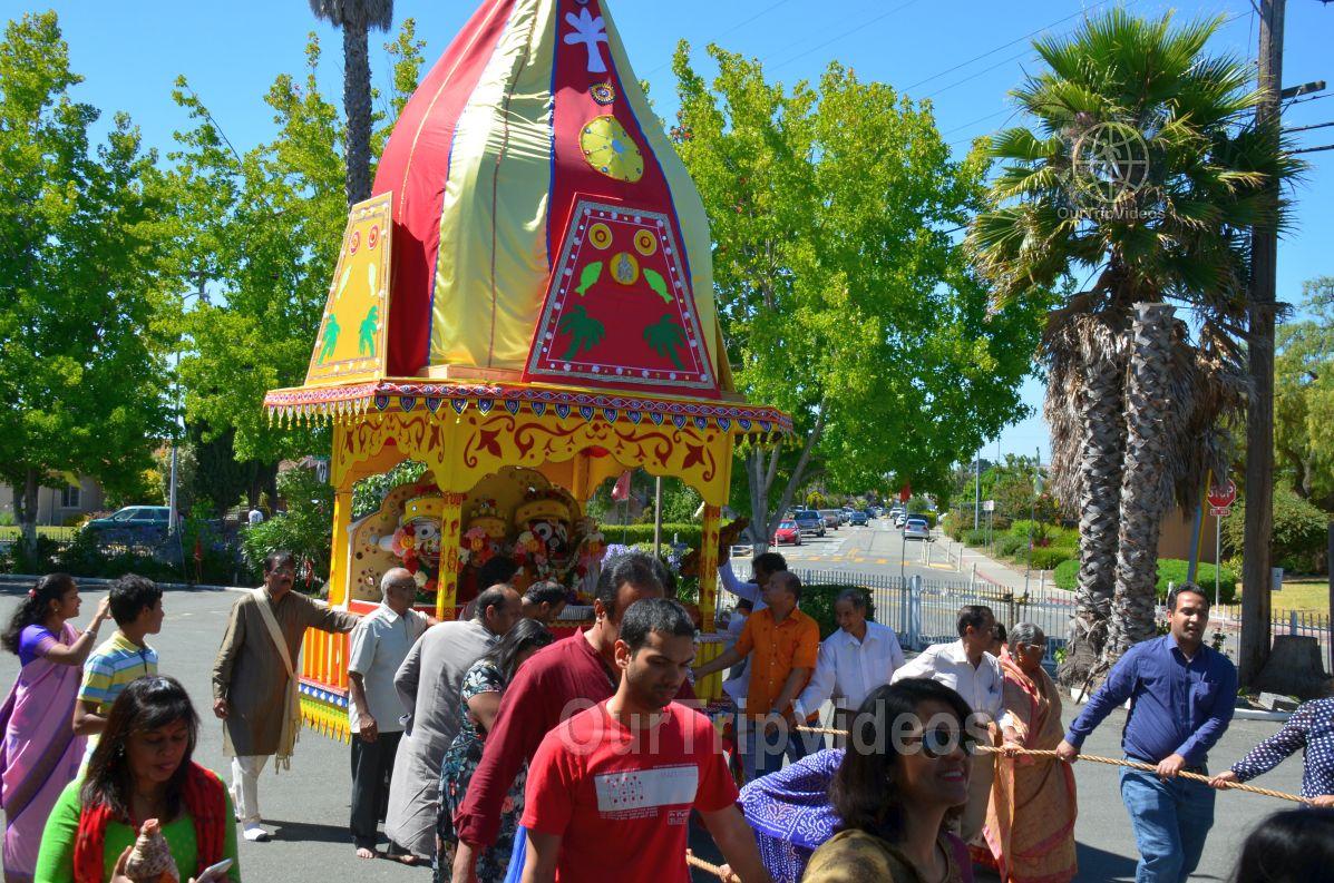Sri Jagannath Bahuda Yatra - Suna Vesha, Fremont, CA, USA - Picture 32 of 50