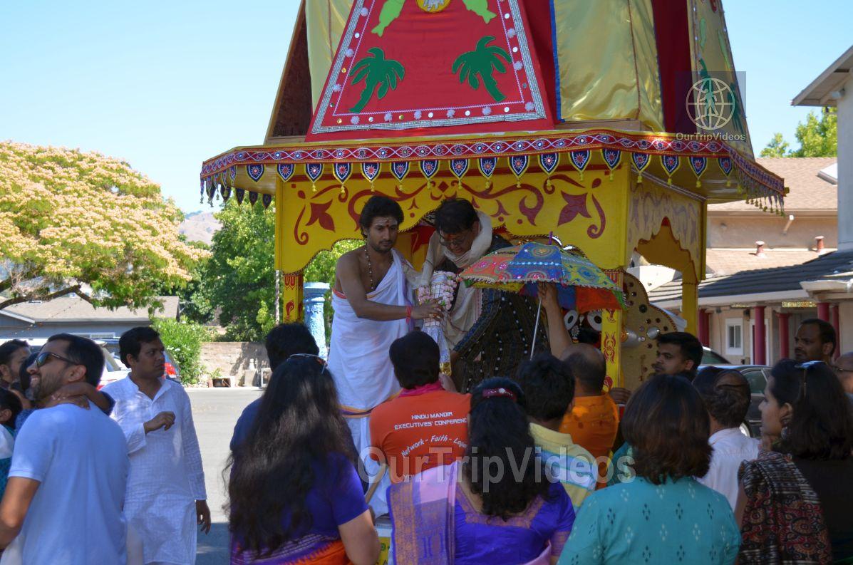 Sri Jagannath Bahuda Yatra - Suna Vesha, Fremont, CA, USA - Picture 43 of 50