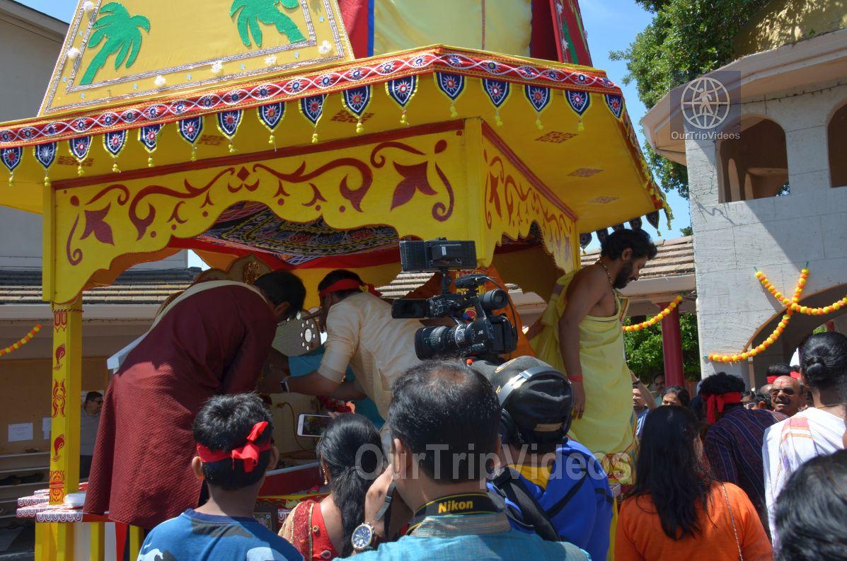 Sri Jagannath Ratha Yatra/Chariot Festival, Fremont, CA, USA - Picture 4 of 25