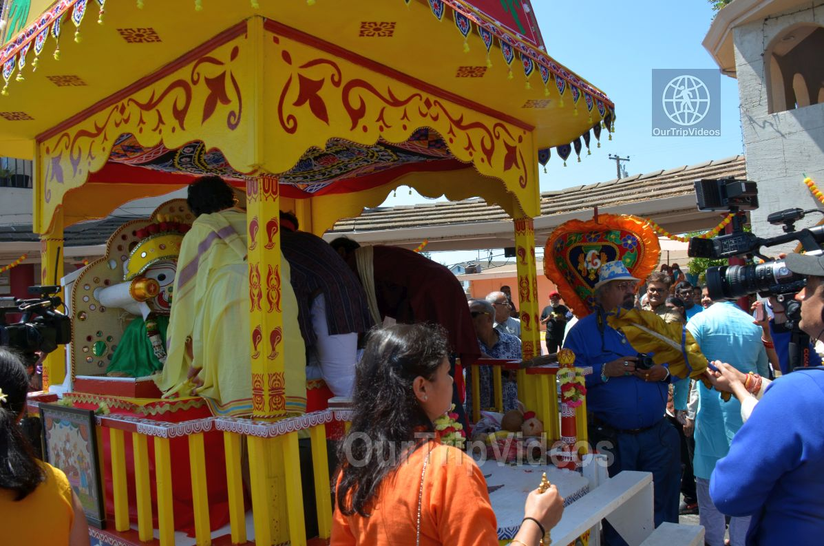 Sri Jagannath Ratha Yatra/Chariot Festival, Fremont, CA, USA - Picture 10 of 25