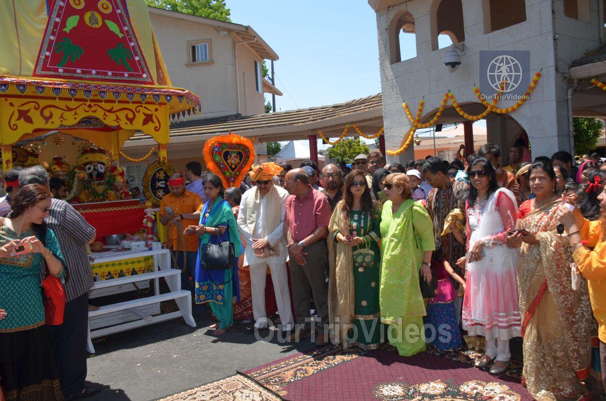 Sri Jagannath Ratha Yatra/Chariot Festival, Fremont, CA, USA - Picture 22 of 25