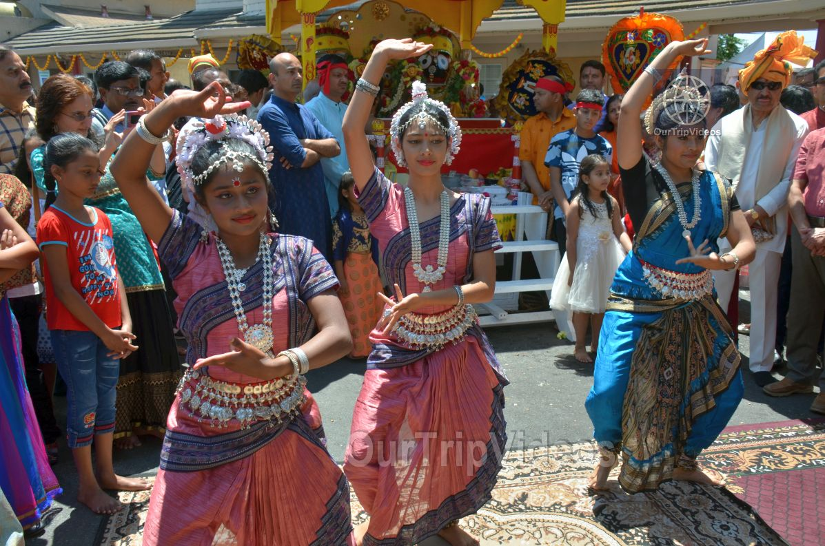Sri Jagannath Ratha Yatra/Chariot Festival, Fremont, CA, USA - Picture 35 of 50