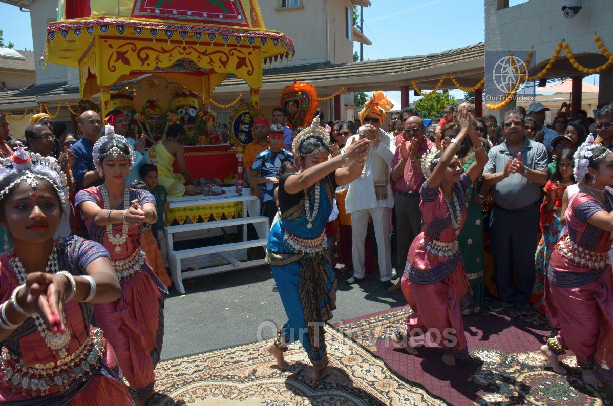 Sri Jagannath Ratha Yatra/Chariot Festival, Fremont, CA, USA - Picture 40 of 50