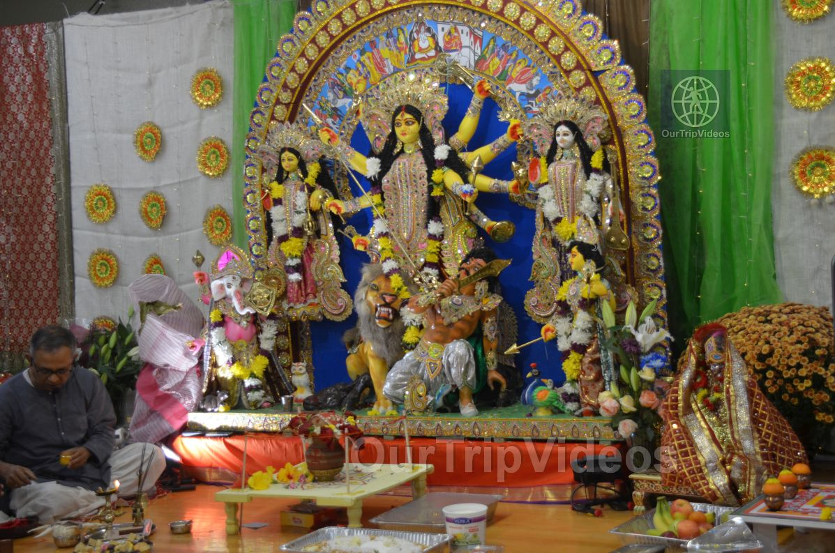 FOG Bengal Durga Puja - Sindur Khela and Temple Aarati, Fremont, CA, USA - Picture 4 of 25