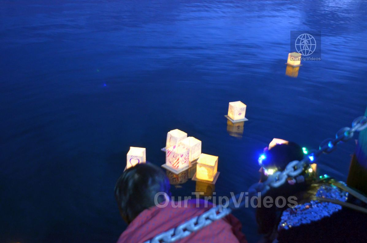 San Francisco(Bay Area) Water Lantern Festival, Foster City, CA, USA - Picture 69 of 75