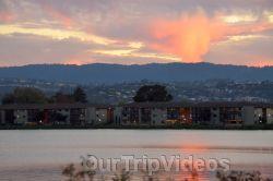 San Francisco(Bay Area) Water Lantern Festival, Foster City, CA, USA - Picture 43