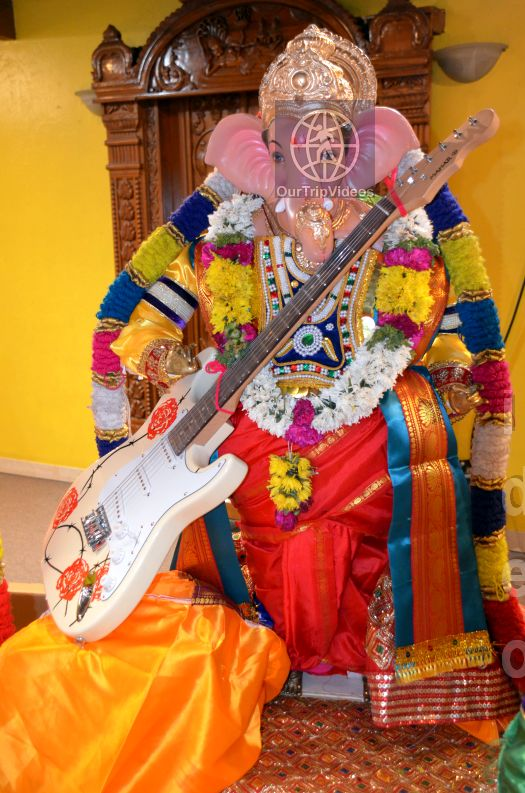 Ganesh chaturthi at SVCC Temple, Fremont, CA, USA - Picture 4 of 25