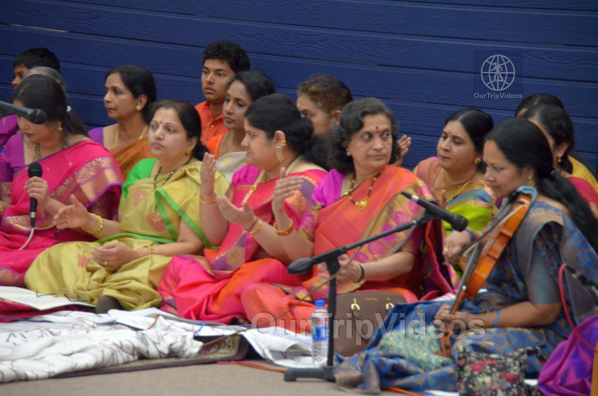 Lotus Tyagaraja Aradhana at Sanatana Dharma Kendra, San Jose, CA, USA - Picture 20 of 25