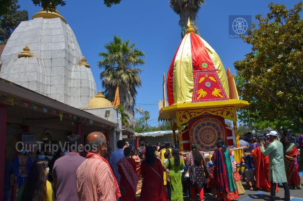 Sri Jagannath Ratha Yatra - Fremont Temple, Fremont, CA, USA - Picture 10 of 25